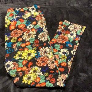 Lularoe floral fruit print leggings TC2